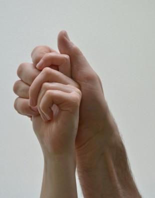EMPFANGSHALLE, Waschende Hände, 2017, Videostandbild Foto: EMPFANGSHALLE