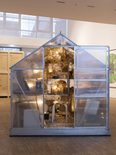 Ausstellungsansicht, 'Wieder und Wieder. Ritual, Kontemplation, Obsession', Gruppenausstellung, Kunstraum der DG, Foto: Gerald von Foris